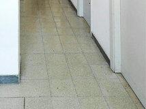 Lungo Il Corridoio In Inglese : Quali colori scegliere per un corridoio stretto e lungo