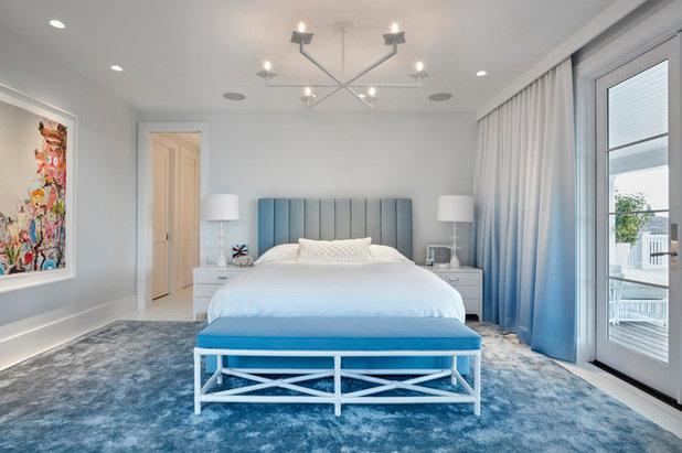 Beach Style  by Ghislaine Viñas Interior Design
