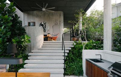 A Lush Singaporean House Takes the High Ground to Gain a Garden