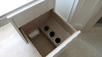 Style Drawer Powering Outlet by Docking Drawer