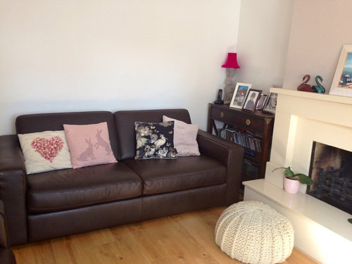 colour cushions  suit  brown leather sofas