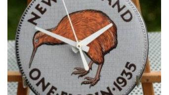 Kiwi Floren Clock