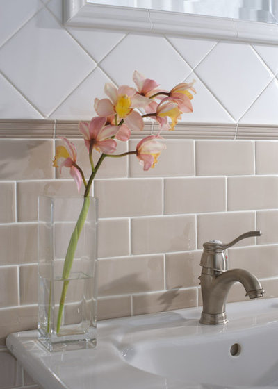 Bathroom Surfaces Ceramic Tile Pros And Cons - Tiles for bathroom walls and floors