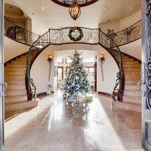 Christmas Decoration At Villa-Bellagio Canyon Lake, CA
