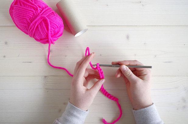 diy confectionnez un jouet avec grelot pour votre chat au crochet. Black Bedroom Furniture Sets. Home Design Ideas