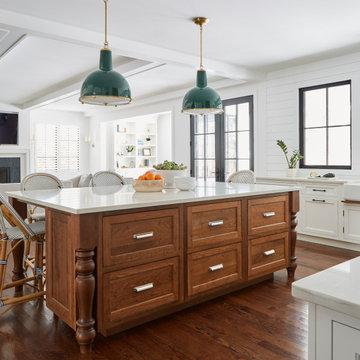 Libertyville Custom Farmhouse Kitchen