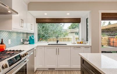 A U-Shaped Kitchen Opens Up