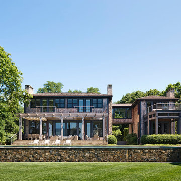 Waterfront Home in The Hamptons