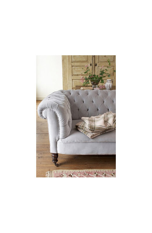 Do I Need To Continue With The Same Traditional Style Of Furniture Or Can Combine It A Contemporary Loveseat Leather Fabric