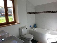 pour ou contre la faience toute hauteur dans la salle de bains?