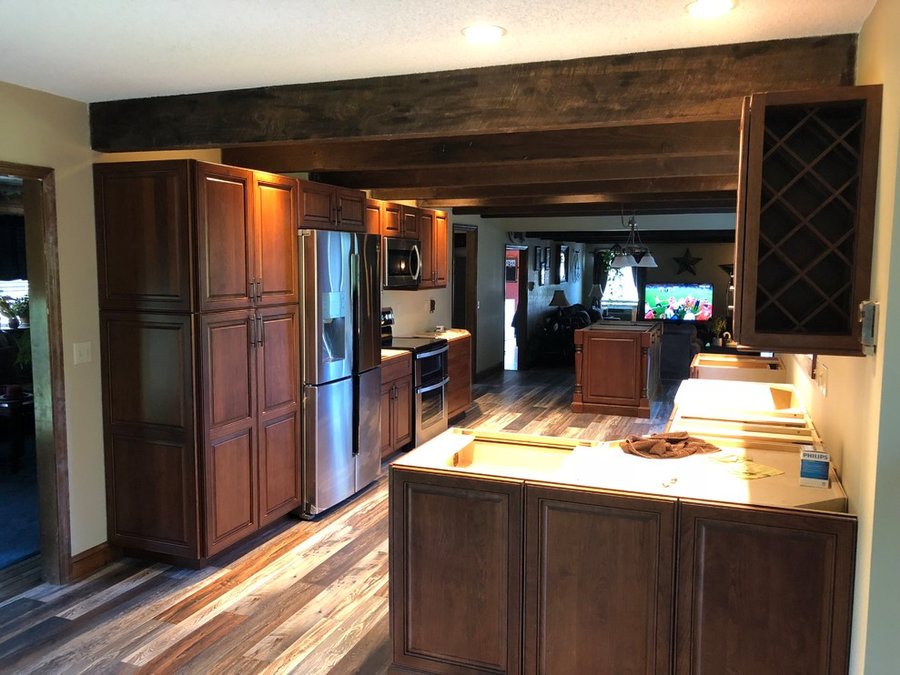 Apple Country Cabinets