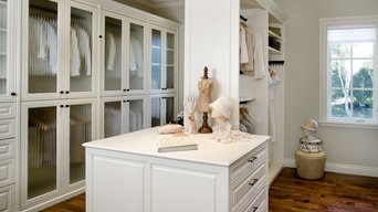 Valet Custom Cabinets & Closets - Siena Collection Closet