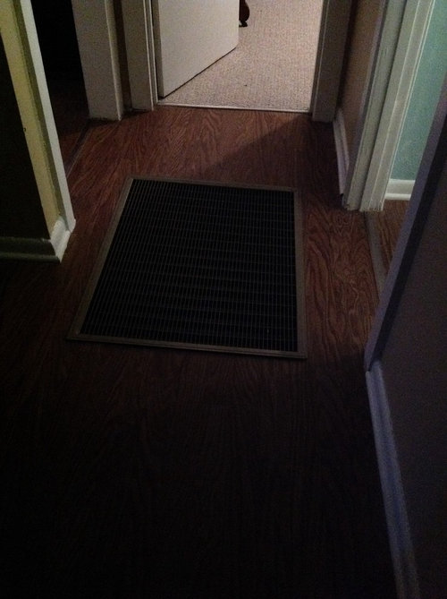 X 26 Cold Air Return Vent Takes Up The Entire Hallway Edges Of Cover Lift Which Makes It Hazardous As Well Ugly And Uncomfortable Ideas