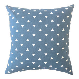 The Pillow Collection Jomeaux Geometric Grey Down Filled Throw Pillow