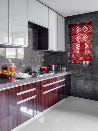 Kitchen by Rakeshh Jeswaani Interior Architects