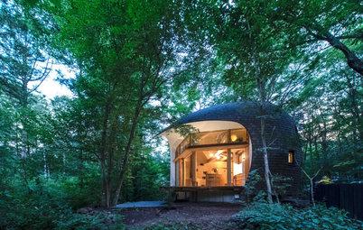 軽井沢の究極の隠れ家。地元の土と木でつくった心地のよい別荘