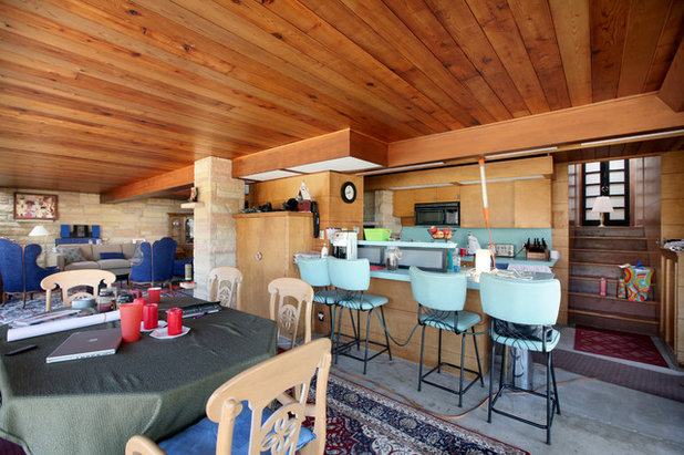 Houzz Tour: 20 Acres, a Train and a Midcentury Gem Fuel a Remodel