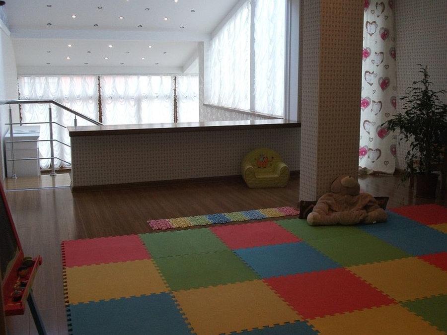Шторы для детской, дизайн комнаты девочки- маленькая принцесса.