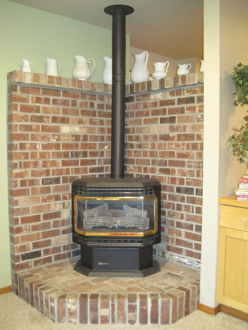 Free Standing Fireplace And Ugly Brick, How To Build A Brick Wood Stove Surround