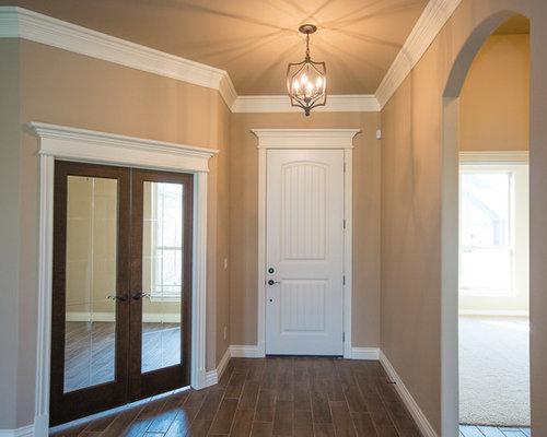 Foto e idee per ingressi e corridoi grande ingresso o corridoio