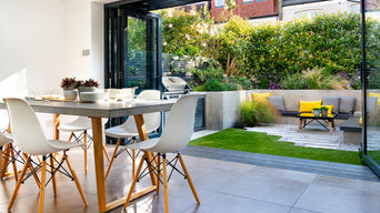 Tooting Bec contemporary courtyard