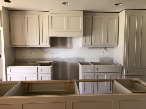 Wall Paint And Painted Cabinets Issue
