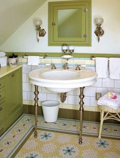 Pale avocado bathroom suite money for paint only for Avocado bathroom suite ideas