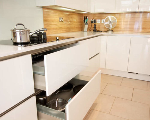 handleless kitchen cabinets   kitchen   Pinterest   Handleless ...