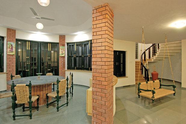 Southwestern  by FACILIS architecture and interior design studio