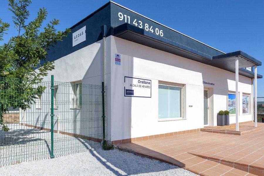 AEDAS HOMES piso piloto promoción Orellana y oficinas