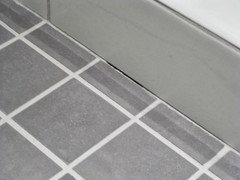 Contractor Used Grout Not Caulk Around The Tub - Can i caulk over grout