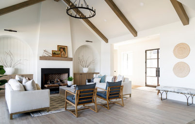 Houzz Tour: New Home With Classic Cottage Style