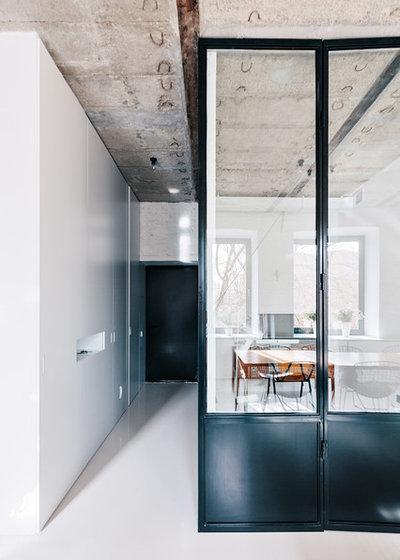 houzzbesuch ein 64 quadratmeter loft f r zwei in moskau. Black Bedroom Furniture Sets. Home Design Ideas
