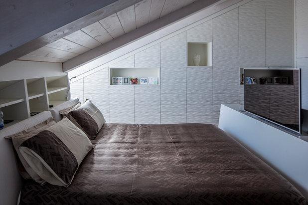Moderno Camera da Letto by Gruppo Building