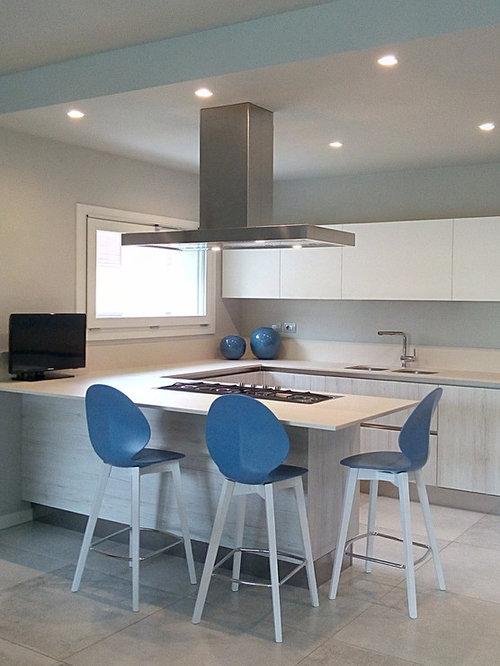 Cucina moderna rovere una cucina cucina spar cucina - Ikea diva futura ...