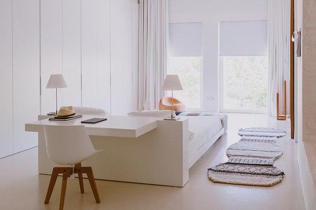 Contemporáneo Dormitorio by Paula G. Furió