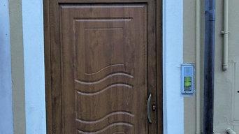 Portoncino pantografato in PVC