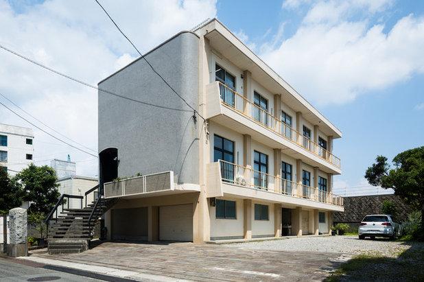 ラスティック 家の外観 by ツクリト建築設計事務所