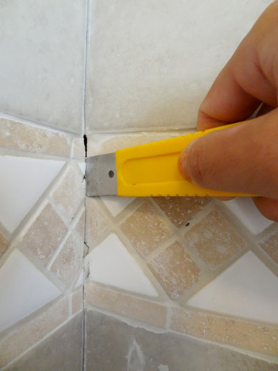 Quick fix repair cracked bathroom grout for Bathroom floors without grout