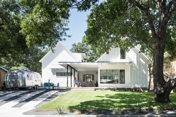 Farmhouse Exterior by Arbib Hughey Design