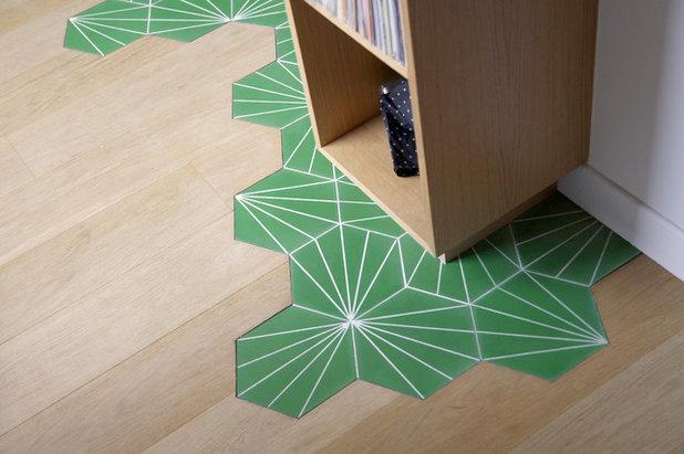 Zwei Bodenbelage In Einem Raum Wie Holzboden Mit Fliesenboden