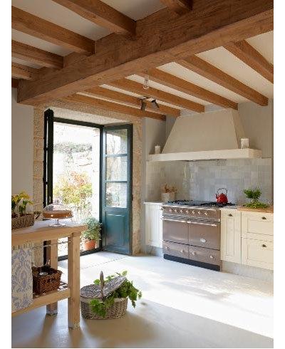 Casa de campo Cocina by Monica Garrido