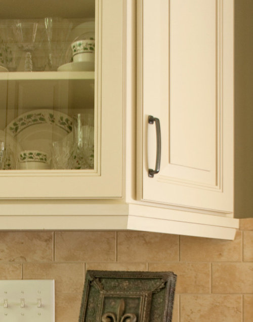 kitchen cabinet light rail cliqstudios kitchen cabinets products 19083