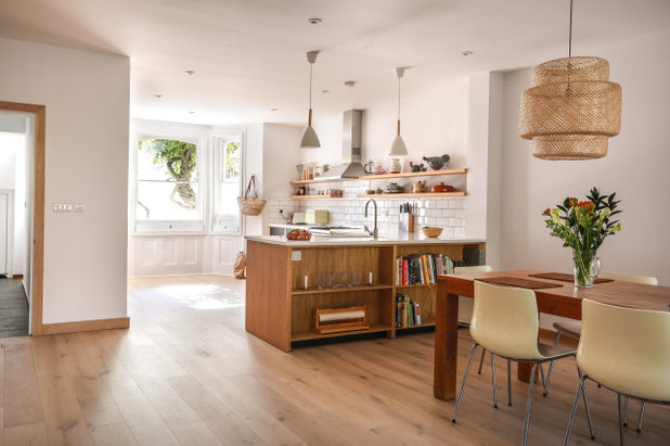 Contemporary  by Martins Camisuli Architects