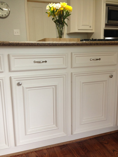 Kitchen Hardware   Can I Modernize Traditional Cabinets?