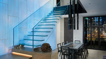 Floating all glass stair Chicago, Siller Stairs