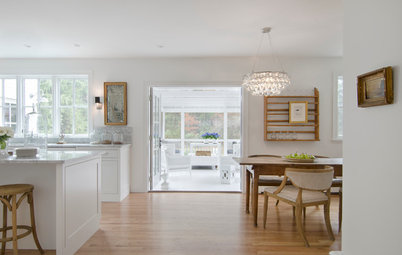 Houzz Tour: Modern Country Colonial Mixes Old and New