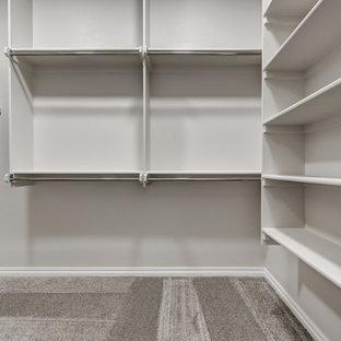 Closet - eclectic closet idea in Oklahoma City