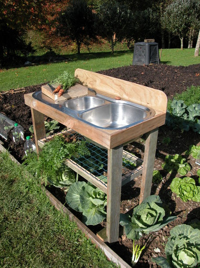 How to Recycle Your Kitchen Sink