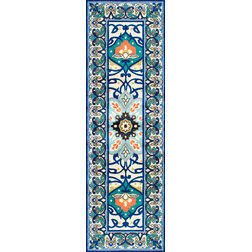 Traditional Hall And Stair Runners by nuLOOM